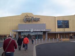 arrivée aux studios, le début de l'aventure! , EMMANUELLE L - December 2013