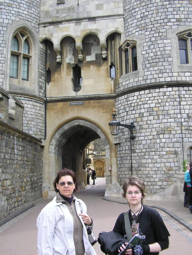Winsdor Castle, Dunja and Lili - London