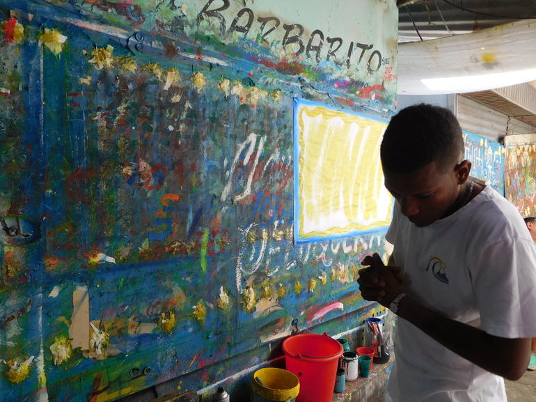 Bazurto Market Adventure Tour in Cartagena