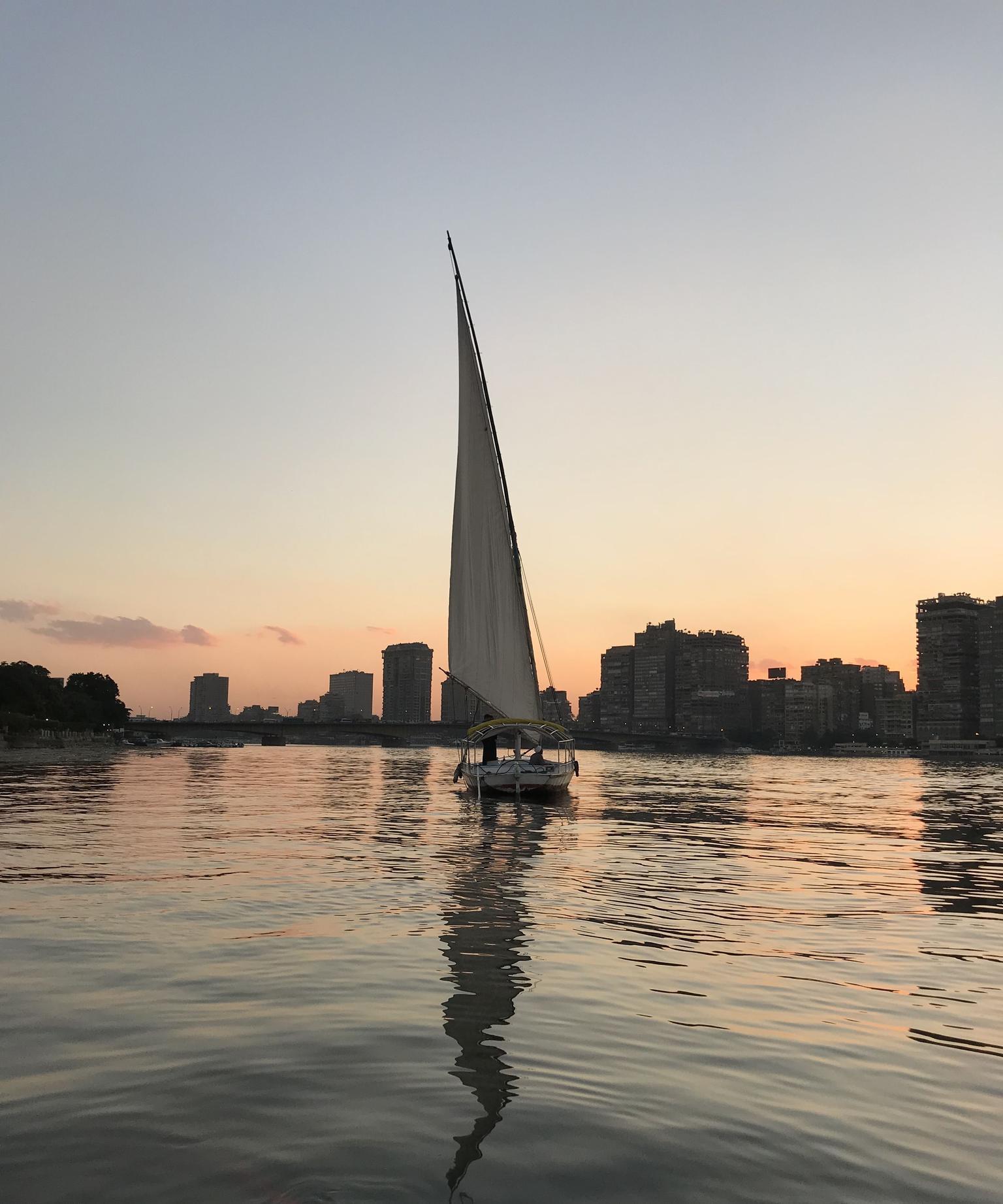MÁS FOTOS, Recorrido nocturno privado con guía por El Cairo