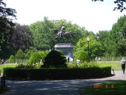 George Washington statue - June 2011