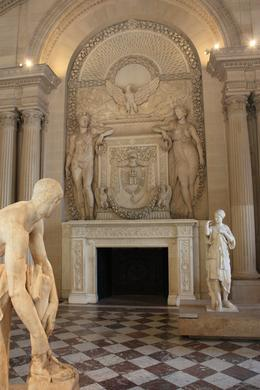 Statue room, Summer G - September 2010