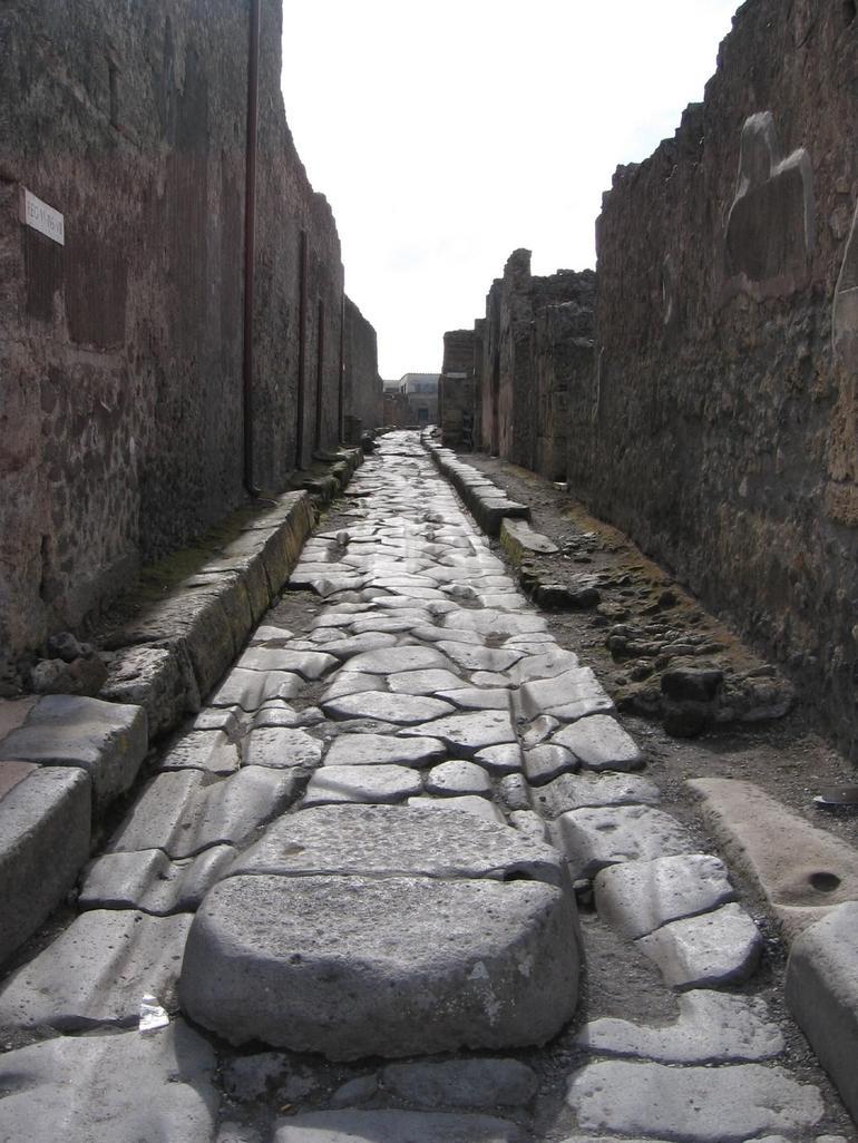 Pompeii back street - Rome