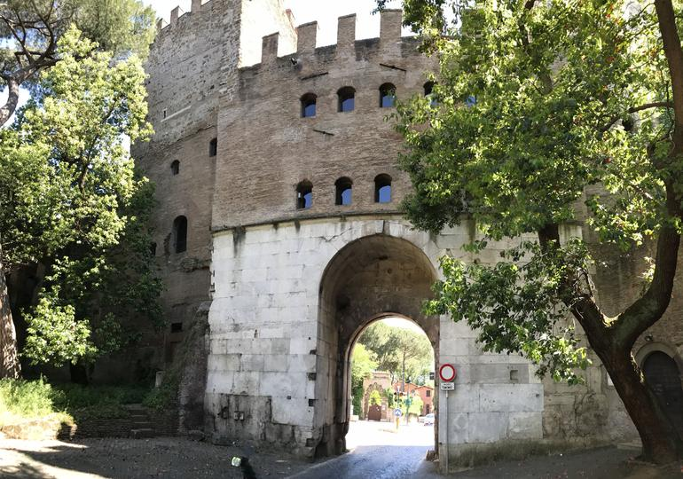 Ancient Appian Way, Catacombs and Roman Aqueducts Electric-Assist Bicycle Tour photo 15