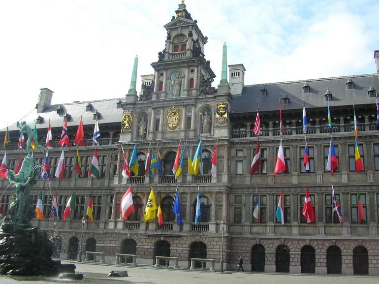 Anvers (15) - Brussels