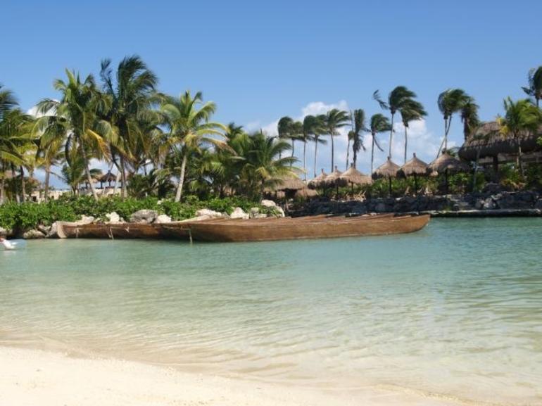 Lagoon 2 - Cancun
