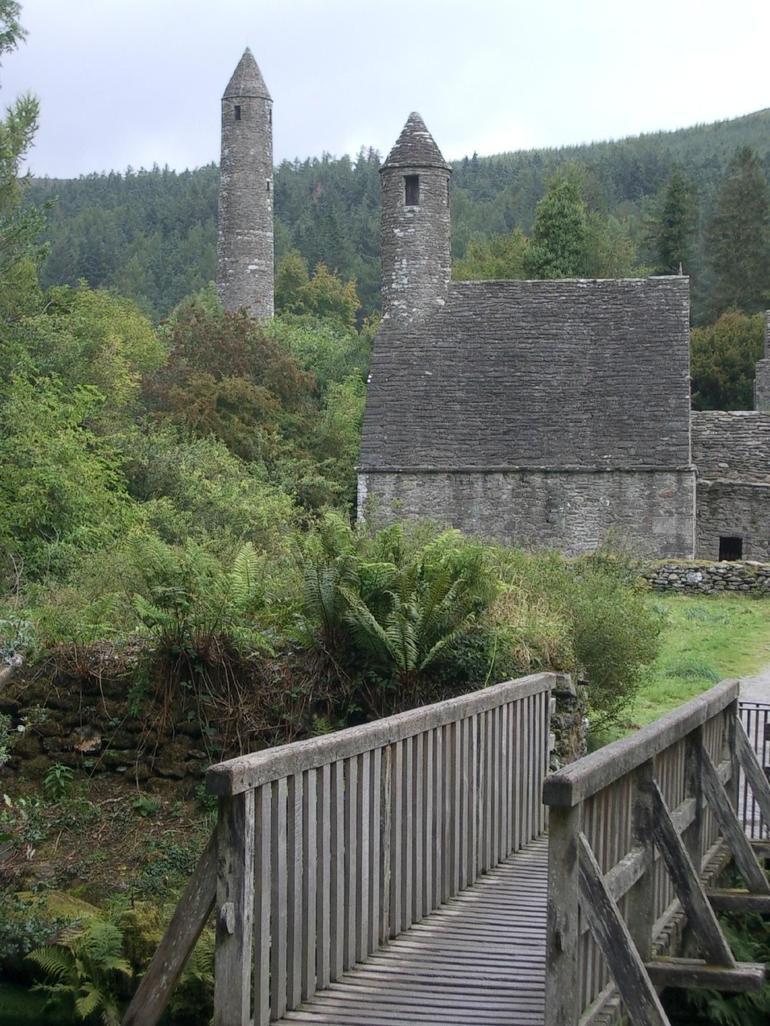Monastic ruin Glendalough - Dublin