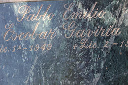 Pablo's tombstone., Bandit - September 2012