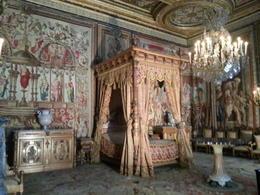 the king bedroom , nayu2955 - September 2013