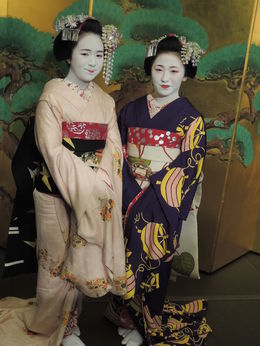 Two maiko performers , Kevin F - May 2016