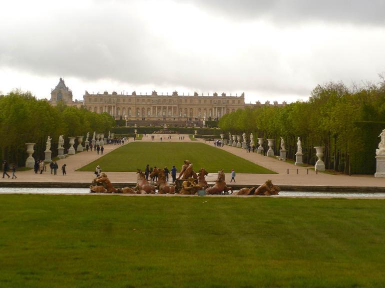Main Fountain - Paris