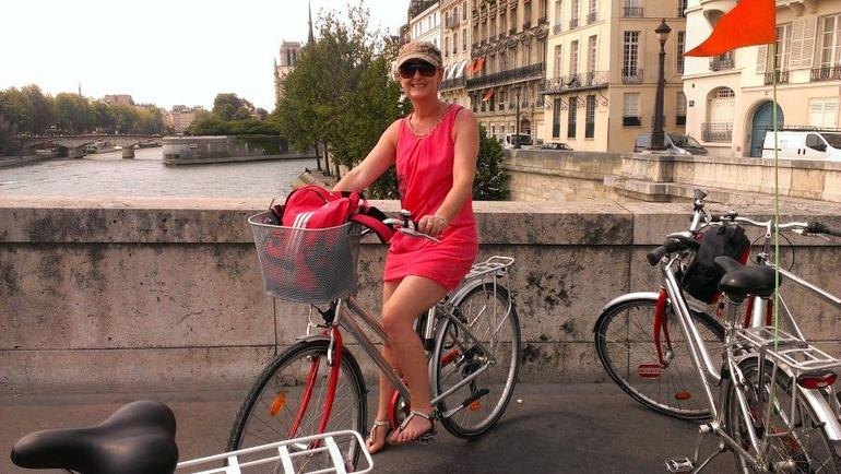 Overlooking the Seine - Paris