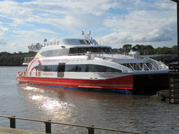 Boat for river cruise back to Sydney , GNGator - March 2017