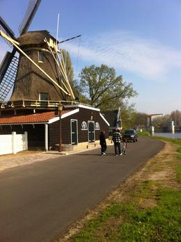 A short stop to see a Dutch windmill - 20-minute cycle from Amsterdam!, Dominique - September 2011