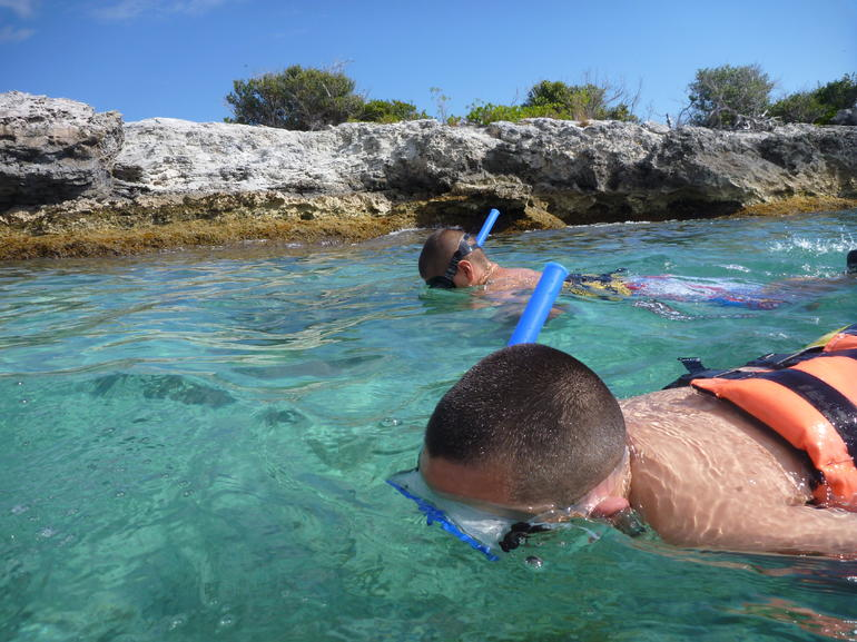 My KIds Snorkeling. - Cancun
