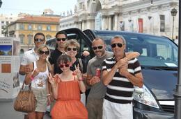 Avec la complicité de notre chauffeur à qui nous devons cette photo. Gratié millé Antonio Ferrari.. ha! ha! , Albert T - June 2013