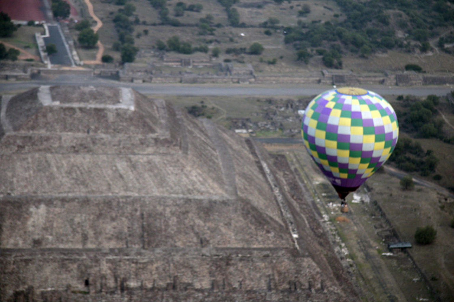 MAIS FOTOS, Teotihuacan Hot Air Balloon Ride with Optional Bike or Walking Tour