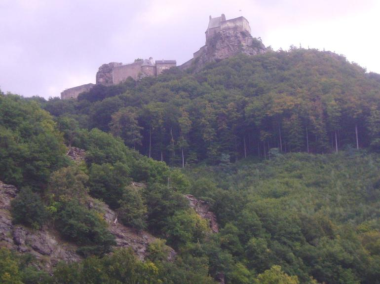 Castle ruins on the mountain tops along the Danube. - Vienna