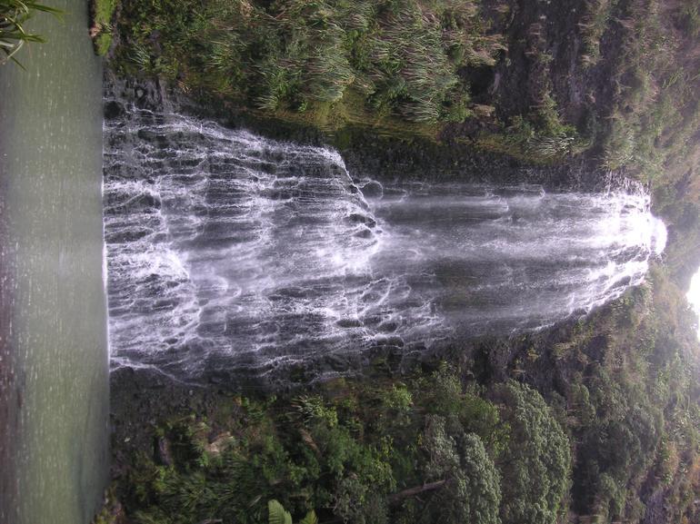 Falls - Auckland