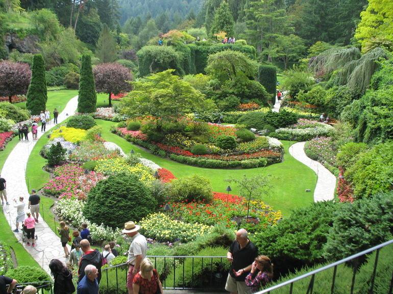 Victoria - Butchart Gardens - Vancouver