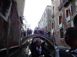 Onde quer que passávamos os turistas paravam para admirar e tirar fotos. : ) , Christiane M - October 2014