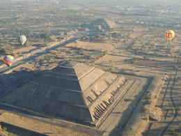The hot air balloon provides a perfect view of the pyramids. , Kevin F - May 2013