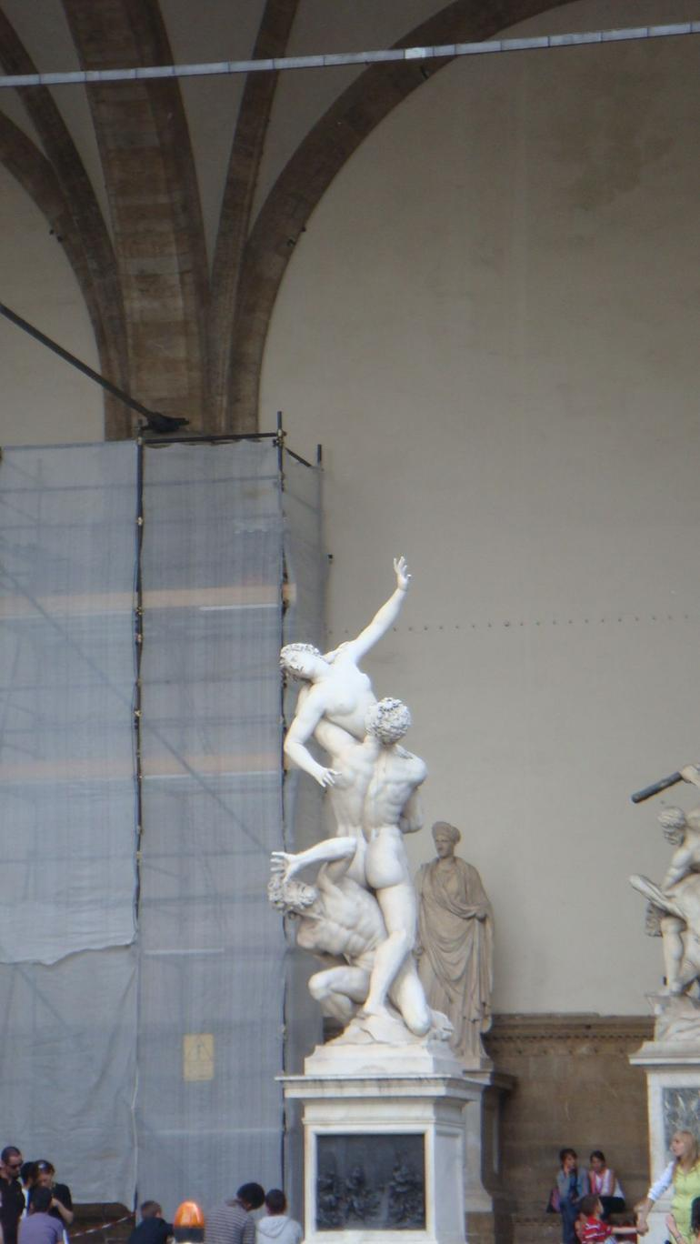 3 Men Statue - Florence