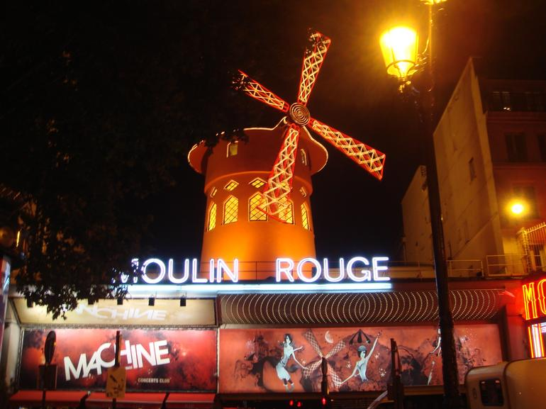Eiffel Tower Dinner, Seine River Cruise and Moulin Rouge Show by Minivan - Paris