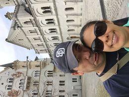 Después de una larga caminada, por fin llegamos al castillo!!! A agarrar aire para admirar esta belleza de construccion!!!! , Virginia G - June 2015