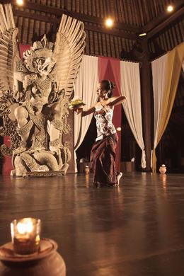 Traditional Balinese dance - November 2013
