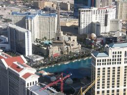 Caesar's palace -- in foreground -- is having yet another extension., John H - July 2009