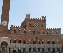 In Siena's main square, looking at the main tower., Traci K - May 2009