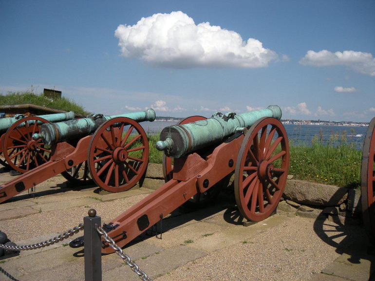 Cannon's At Sweden - Copenhagen