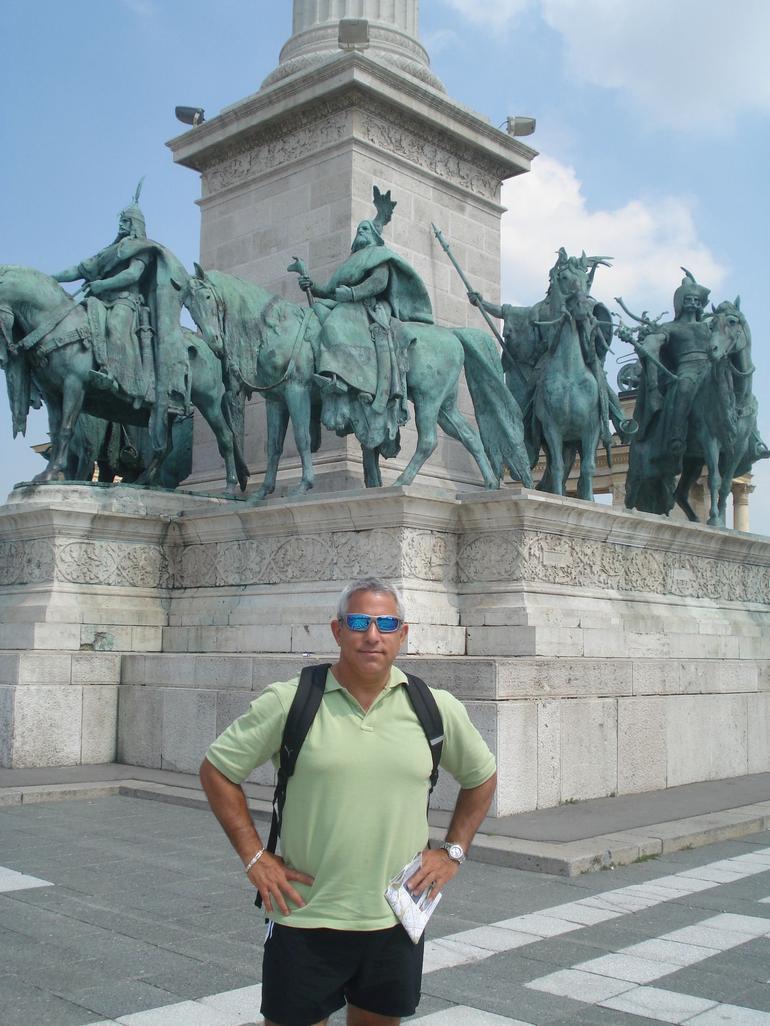 Hero's Square, Budapest - Vienna
