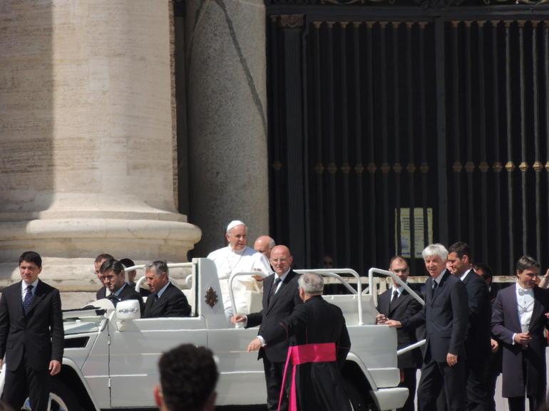 Pave Frans i Pap-mobil - Rome