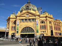 Flinders Street Station, Asha & Brock - July 2013