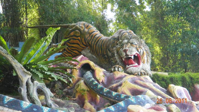 Tiger Balm Gardens - Singapore