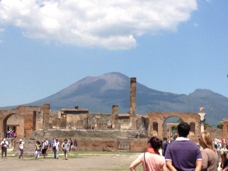 Vesuvius over the market square - Sorrento