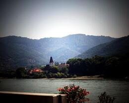Valle de Wachau desde el barco sobre el Danubio. Relajante... , María Ángela H - August 2013