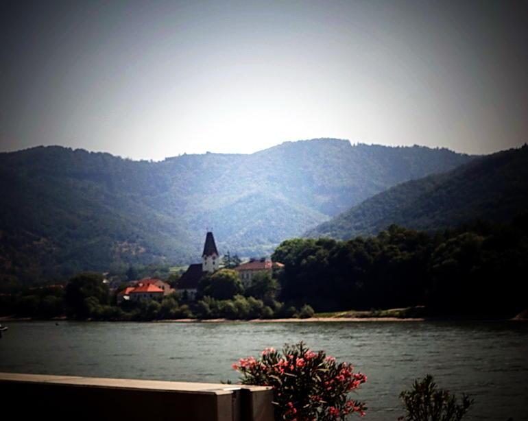Vista del Danubio. - Vienna