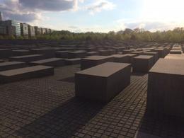 Jewish holocaust memorial , steven r - May 2017