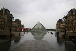 The Louvre Museum , mjy1976 - September 2015