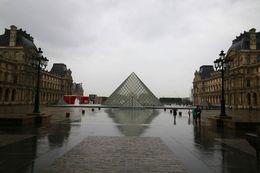 The Louvre Museum , mjy1976 - September 2015