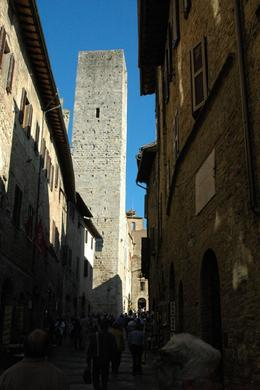 The town tower in San Gimignano., Jenni S - October 2007