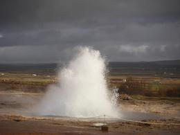 Strokkur errupted every 5-10 minutes, Kirsty G - October 2010