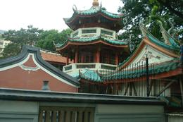 Oldest Buddhist-Taoist Temple, Chinatown, Singapore - May 2011