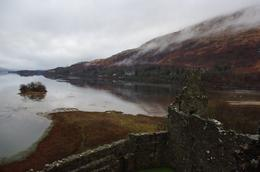 Taken from the tower of Kilchurn Castle., Bartosz L - January 2010