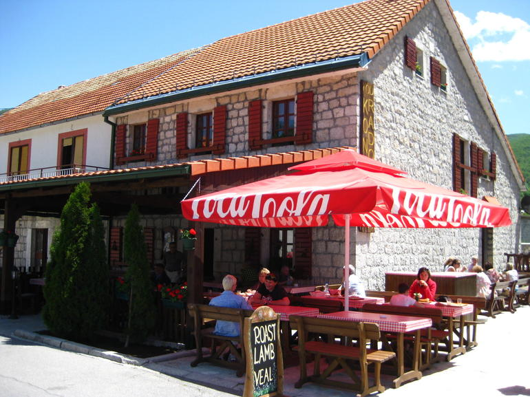 Lunch stop in Cetinje - Dubrovnik