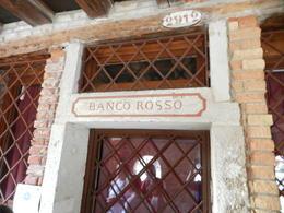 Banco Rosso - the red bank. , La'Chelle - November 2017