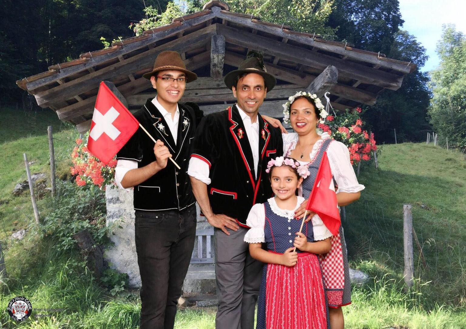 MAIS FOTOS, Swiss Happening - fun and authentic Swiss food, drink & photo experience